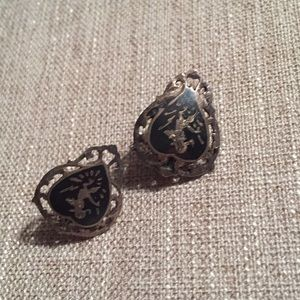 Jewelry - Vintage sterling Siam clip earrings